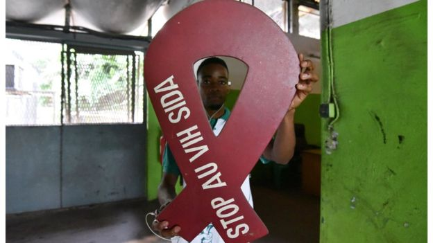 তানজানিয়াতে পুরুষ সাংসদদের খৎনার পরামর্শ