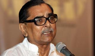 দুর্নীতি ঢাকতে ডেঙ্গুর খবরকে 'গুজব' বলেছেন মেয়র: মেনন