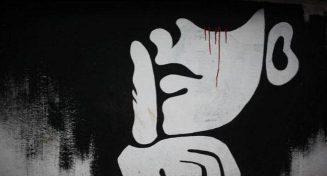 দেশে ভিন্নমত দমনে প্রত্যক্ষ ও পরোক্ষ চাপ প্রয়োগের অভিযোগ