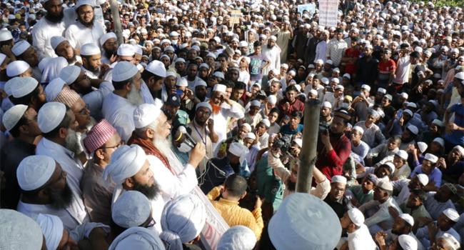 ফ্রান্সে ইসলামের অবমাননার প্রতিবাদে ঢাকায় ব্যাপক বিক্ষোভ